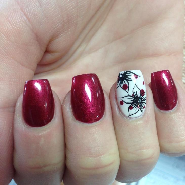 classy flower nail design