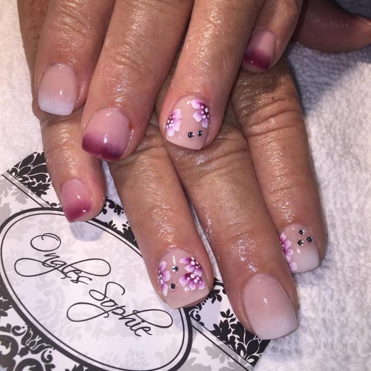 cute flower nail art idea
