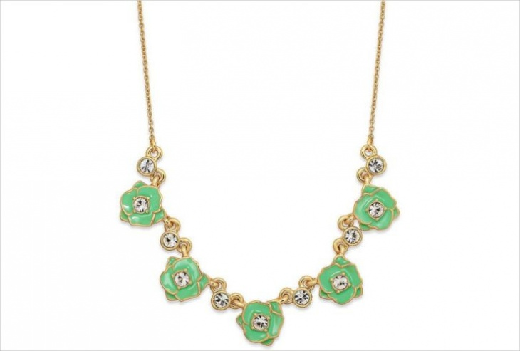 cute rose necklace design