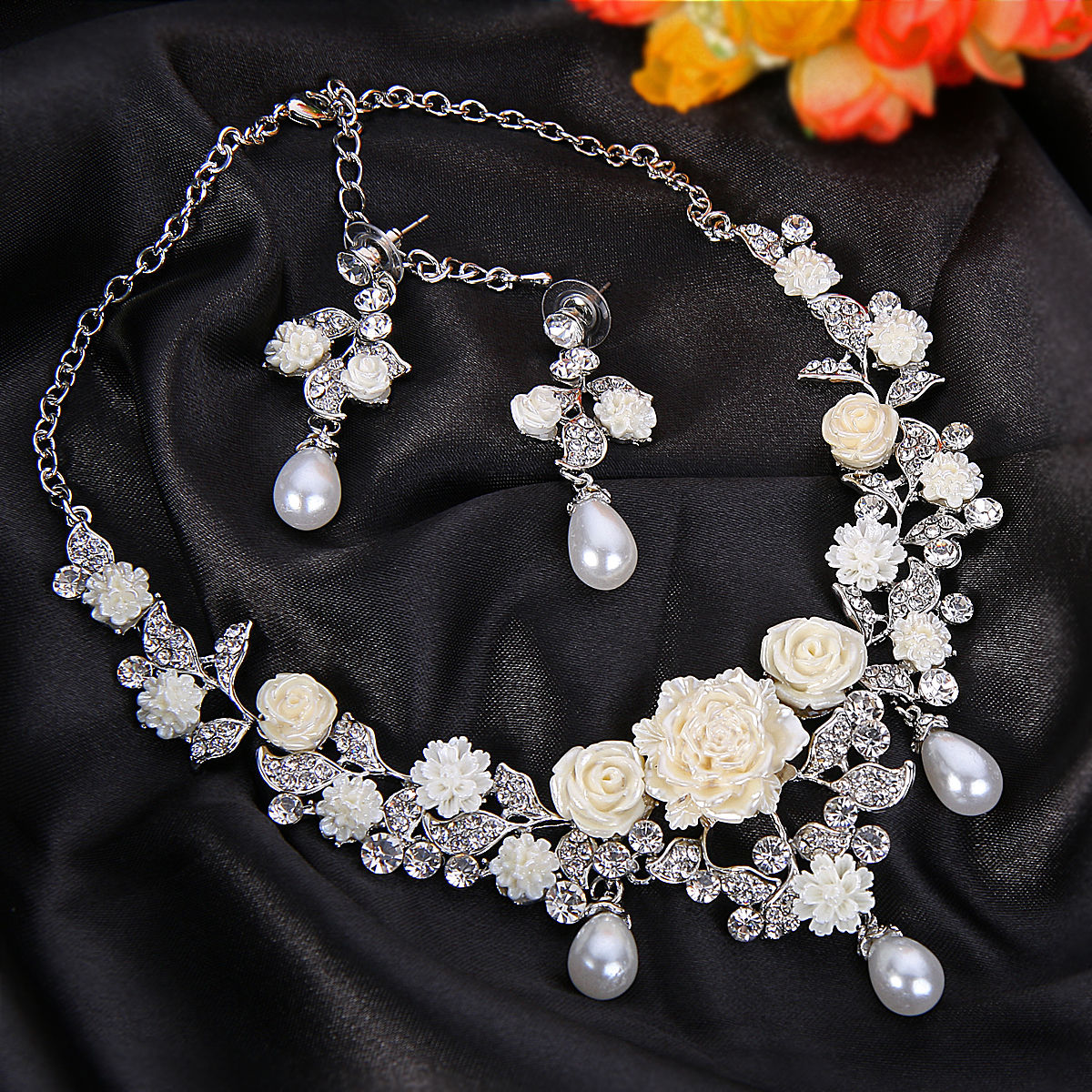 elegant rose necklace design