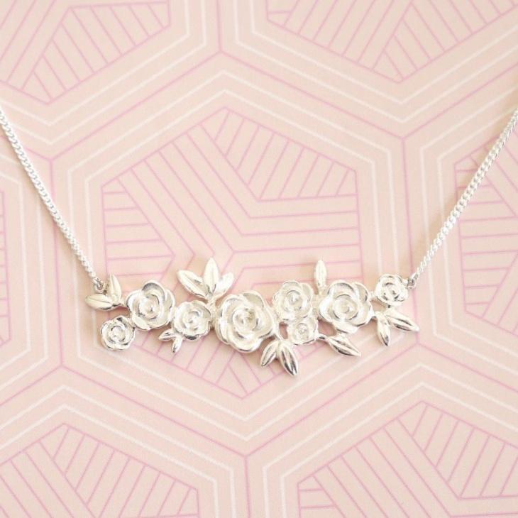 Silver Rose Necklace Idea