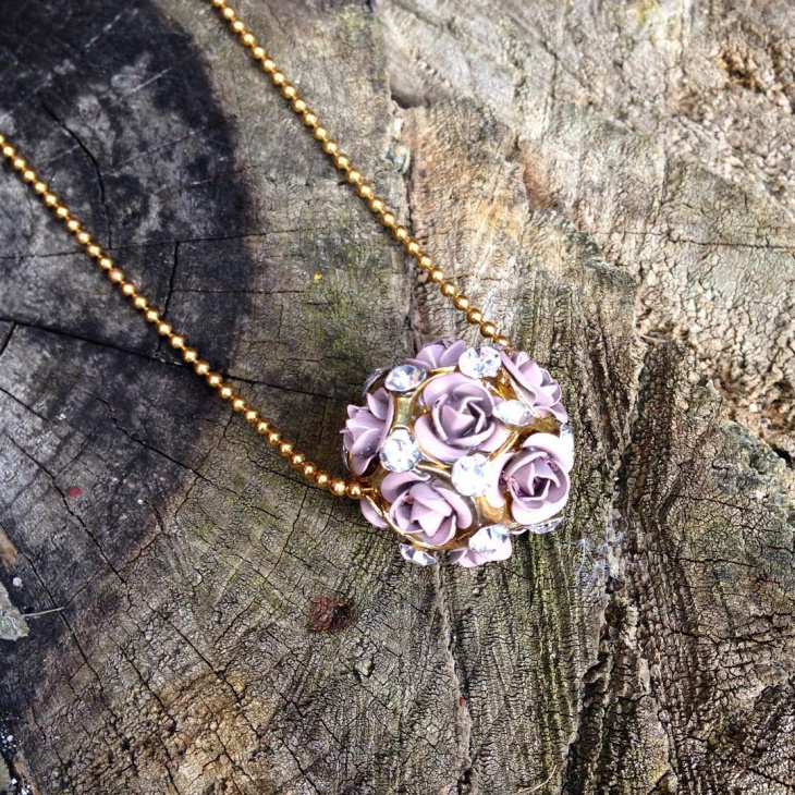 rose cluster pendant necklace