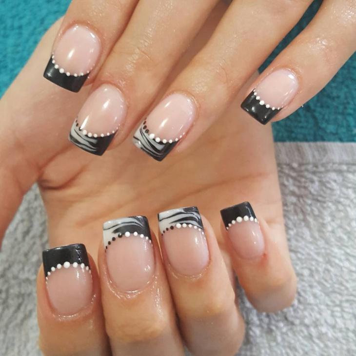 pretty black and white nail design