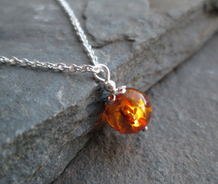 amber ball pendant design