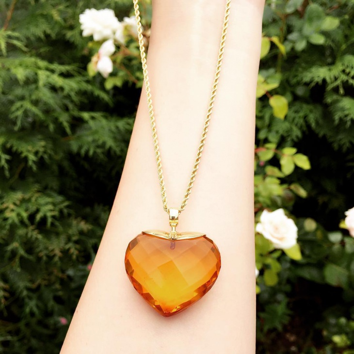 natural amber heart shape pendant