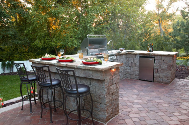 Brick Outdoor Kitchen Island