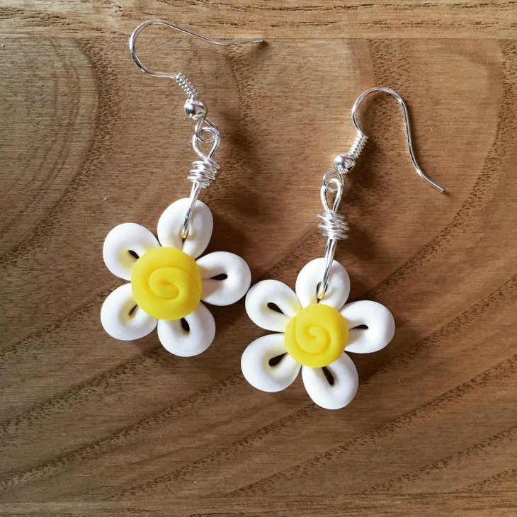 Handmade Daisy Flower Earrings