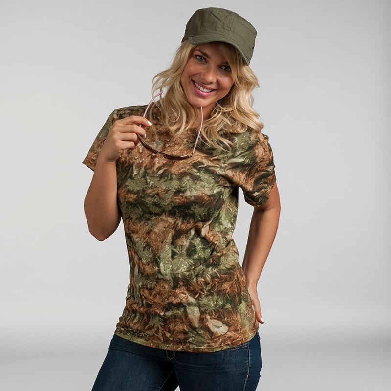 camo t short with sleeves