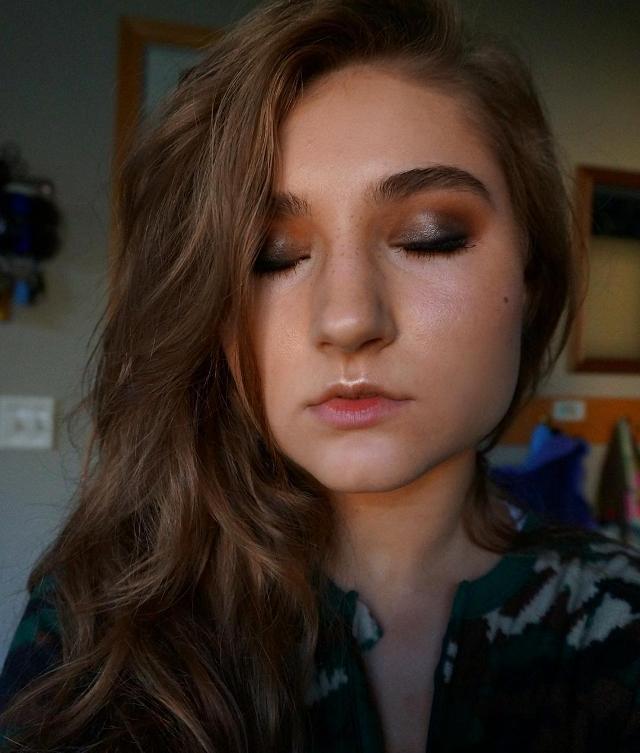 Simple Camo Makeup Design
