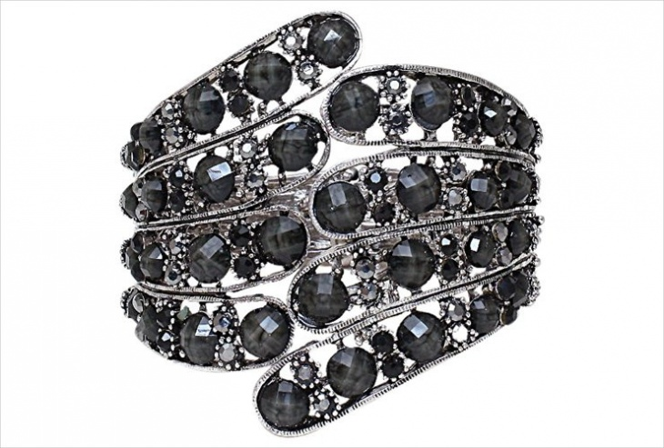 black crystal ring design