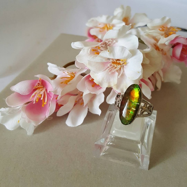 natural crystal ring design