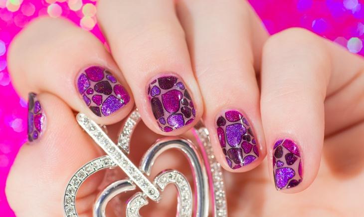 Heart Pattern Wedding Nails