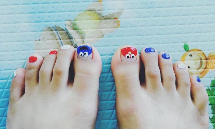 Funny Toe Nail Design