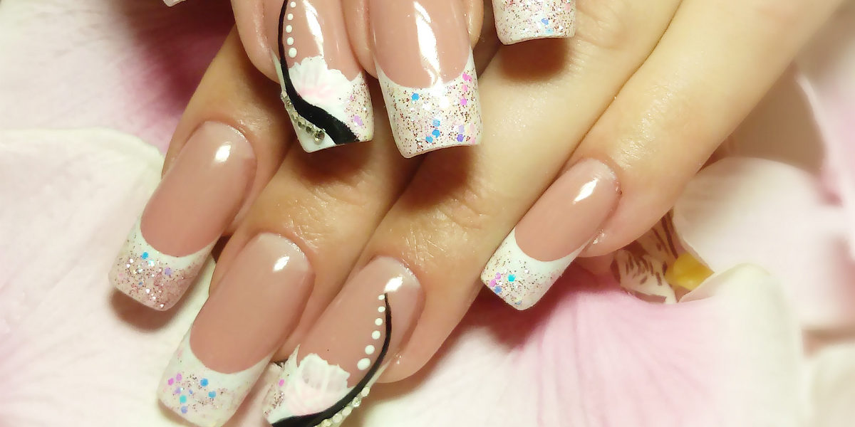 White Winter Nail Art