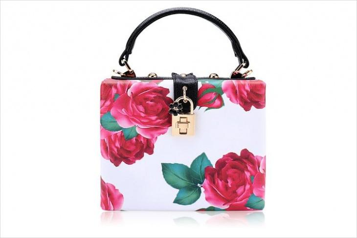 vintage floral handbag model