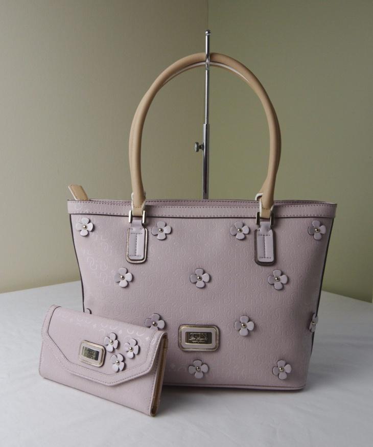 floral applique handbag