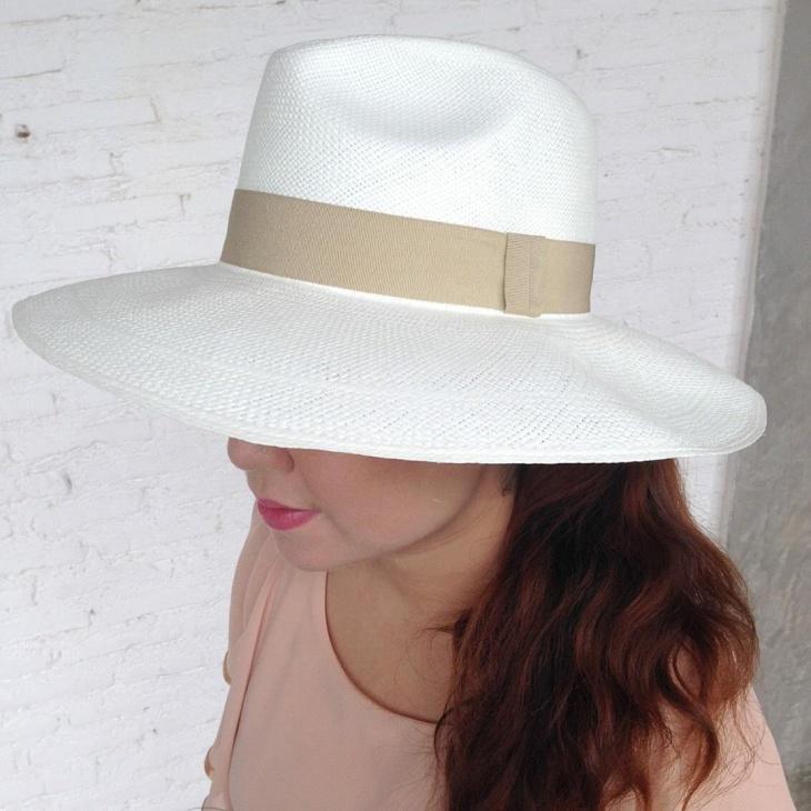white gambler hat