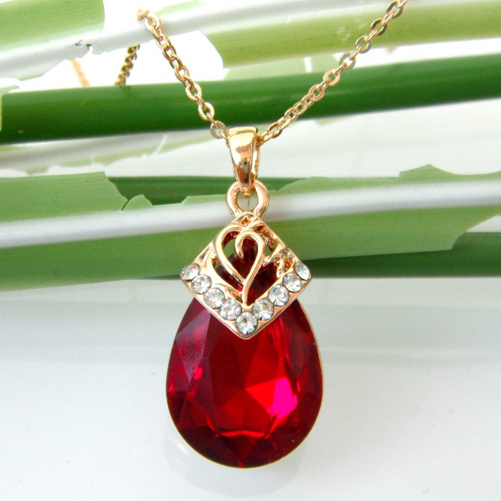 ruby crystal pendant