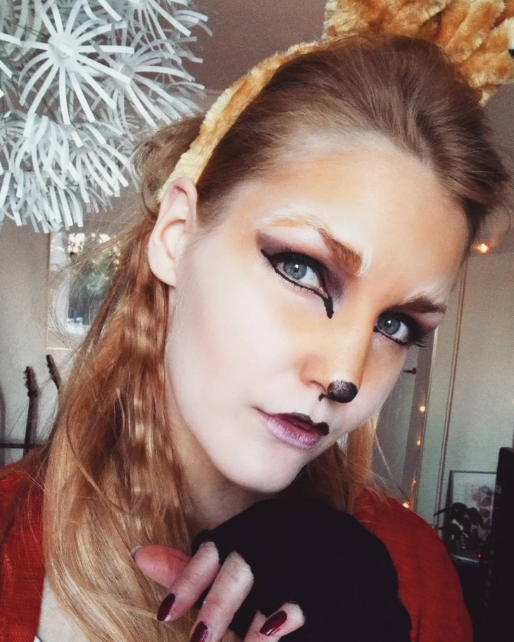 simple fox makeup for women
