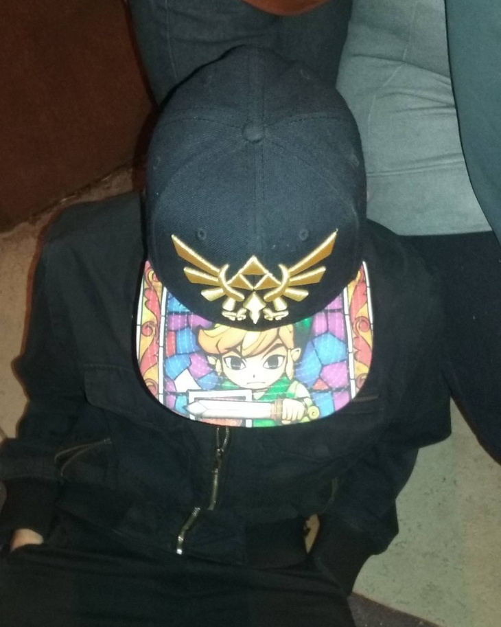 modern zelda hat