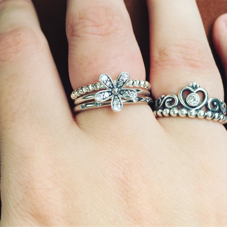 vintage daisy ring design