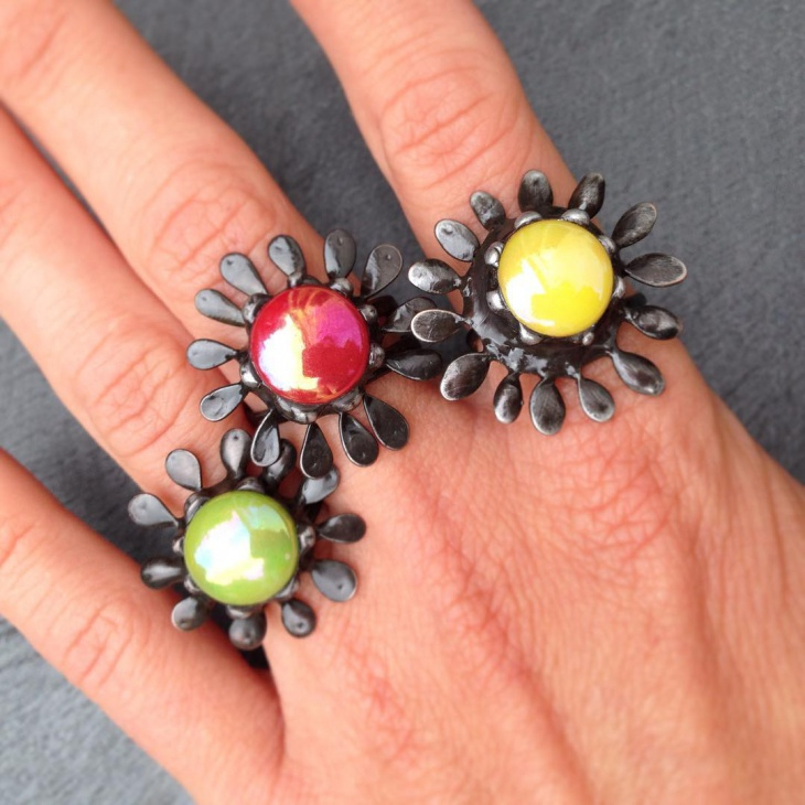 Awesome Daisy Ring