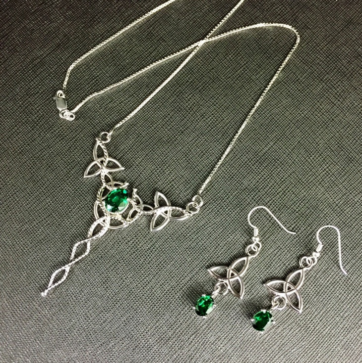 emerald celtic necklace