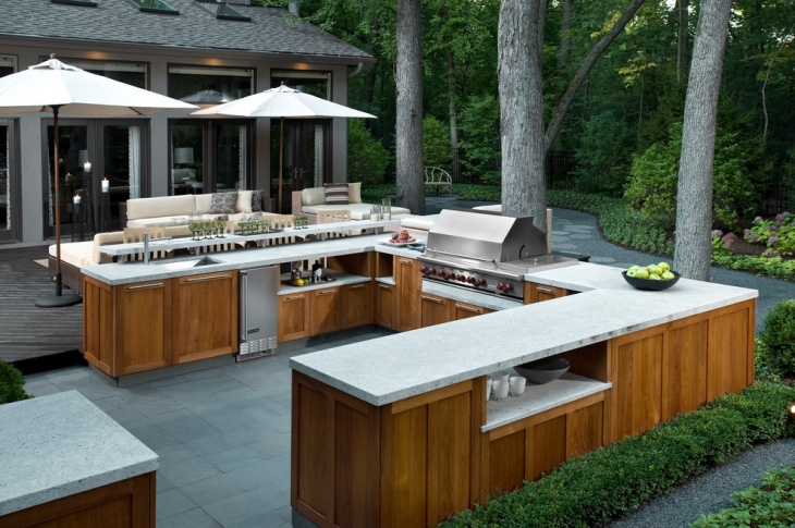 outdoor kitchen with granite countertop