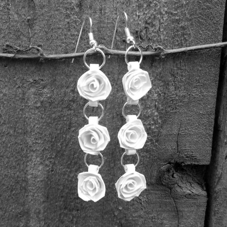 rose quilling earrings