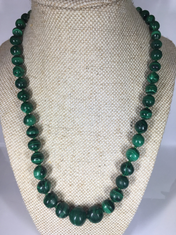 16+ Malachite Necklace Jewelry Designs, Ideas | Design Trends ...