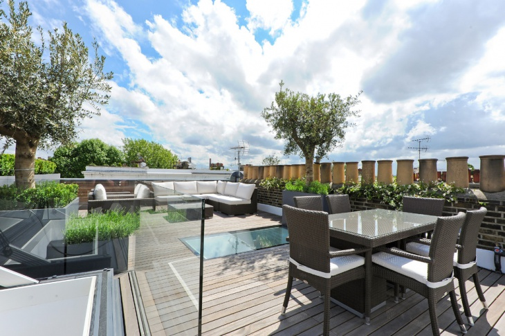 Transitional Rooftop Deck Design