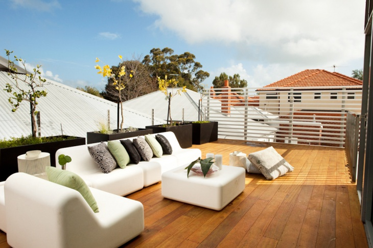 Rooftop Deck Sofa Design