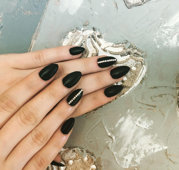 cute black matte nail design