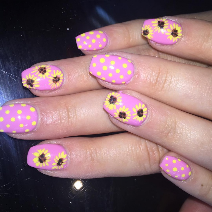 cute sunflower nail design