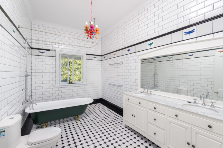black and white victorian bathroom idea