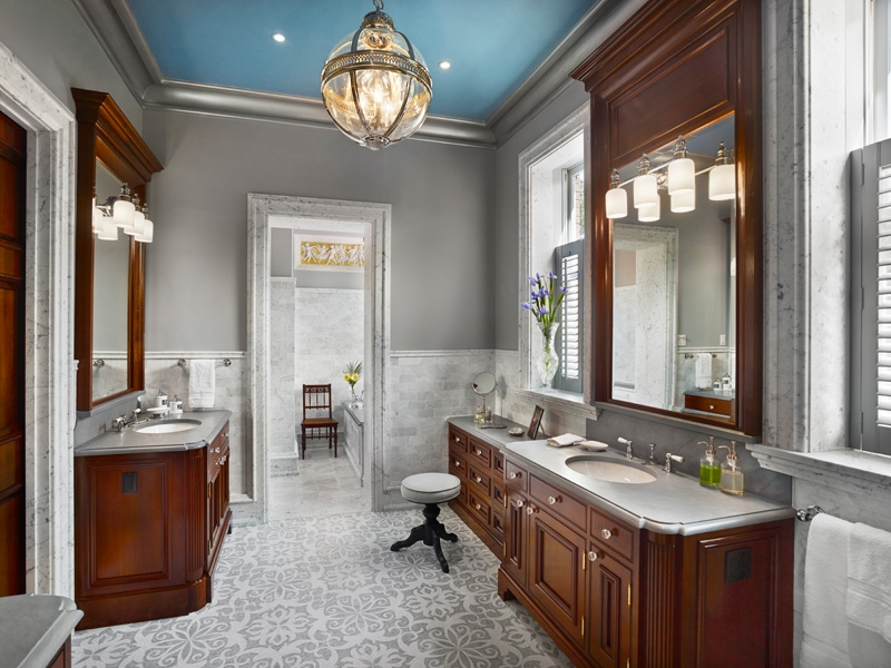 Victorian Bathroom Light Design