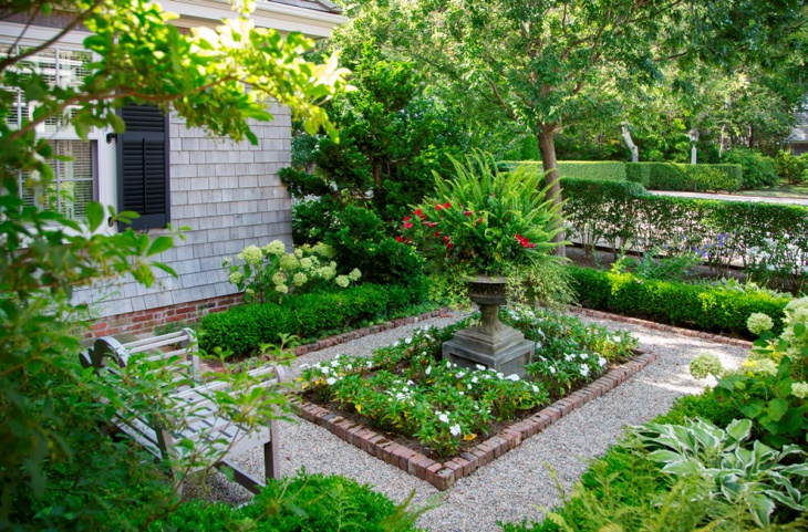 Small Square Garden Design Idea