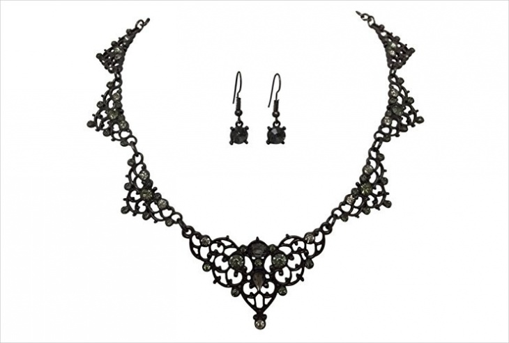 metal lace necklace