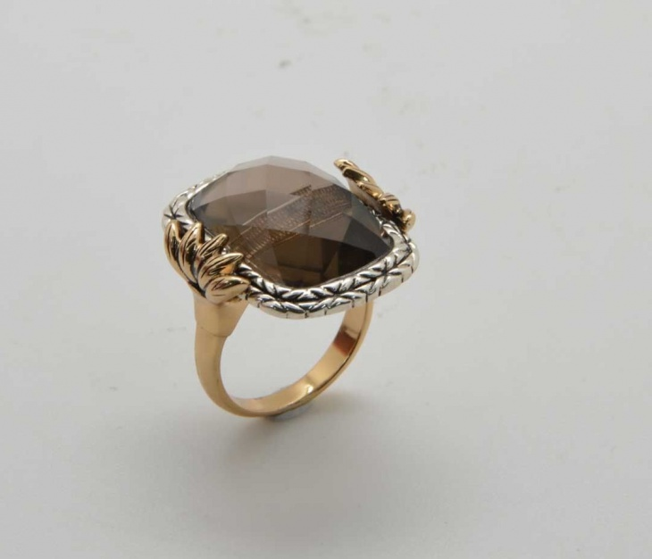 mixed metal ring design