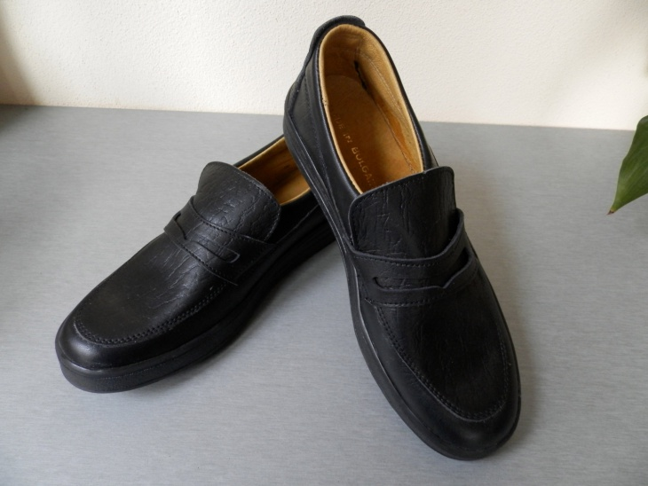 mens designer black casual shoes