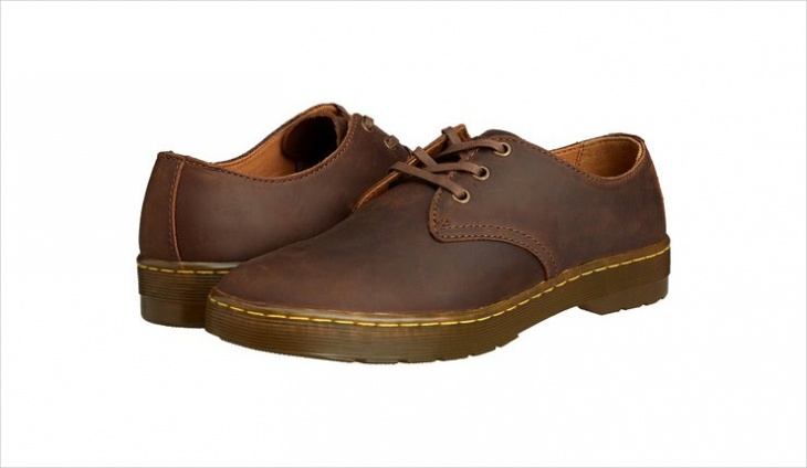 brown designer casual shoes