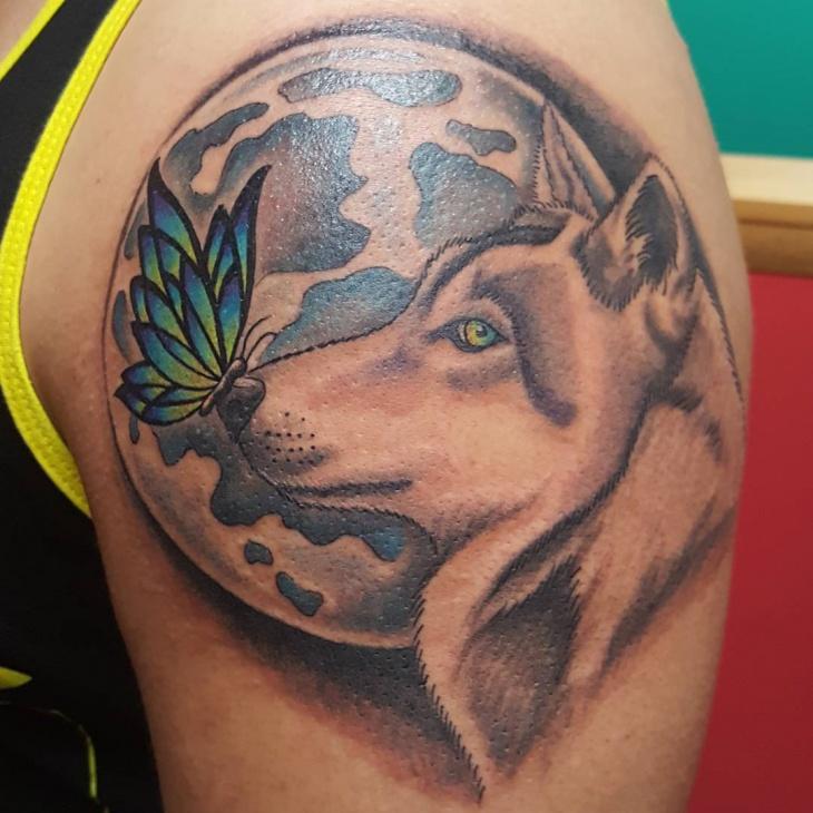 wolf moon tattoo design