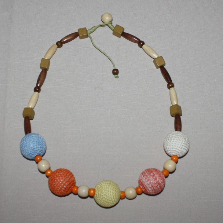 beaded string necklace