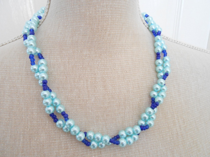 blue beaded jewely design