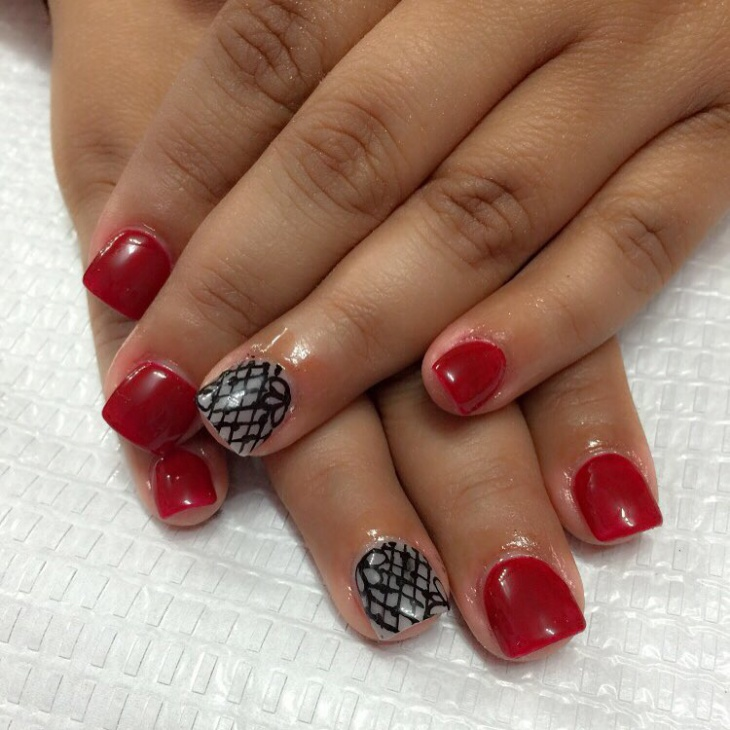 red nail art design for short nails