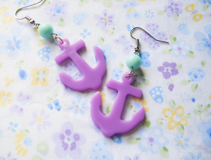 purple anchor earrings idea