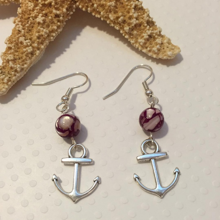 cute anchor earrings design
