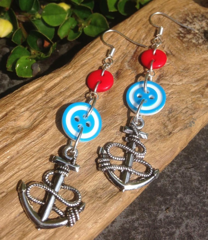 gorgeous anchor earrings