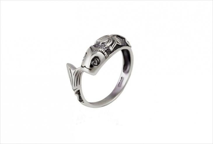 vintage mermaid ring