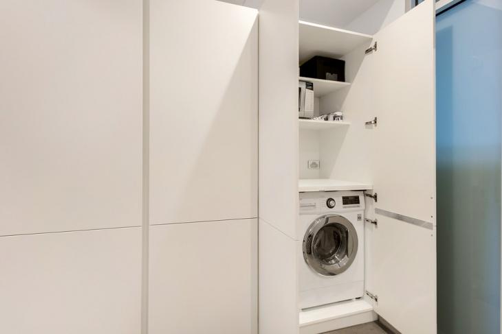 small apartment laundry room idea